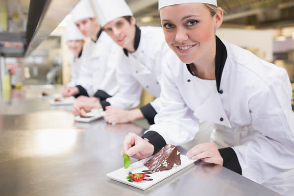 Four Factors to Consider When Selecting a Cooking School